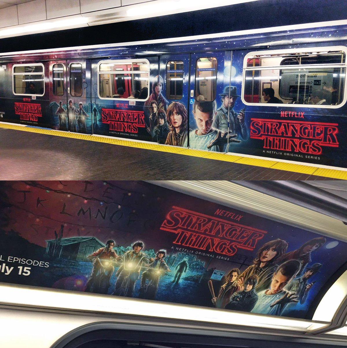 Stranger Things出现在温哥华天车上 (图片来自网络)