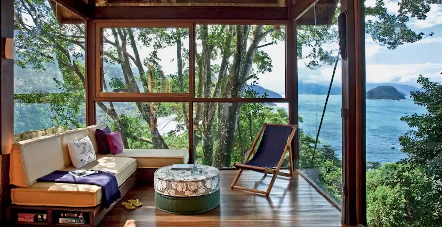 Casa-com-vista-Praia-do-Félix-in-Ubatuba-Brazil-Airbnb.jpg