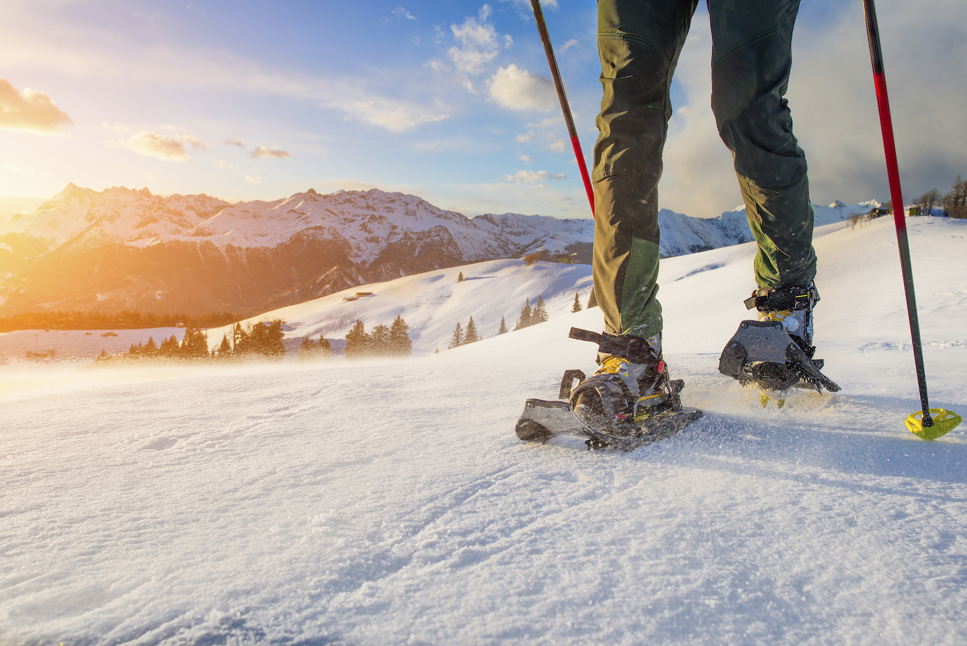 Snowshoeing-Tips-for-Beginners-1.jpg
