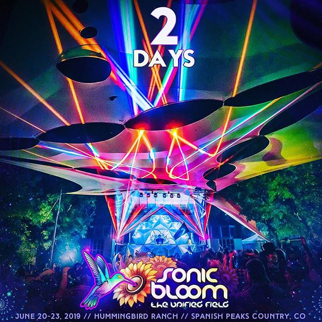 Only 2 more days until the early-arrival gates open! 4-Day / 3-Day / 2-Day & Single-Day passes are now available and the VIP Packages & Upgrades are almost gone! Pack your swimwear as the creek is flowing and the flowers are BLOOMing! See you in the unified field! . . #SONICBLOOM #SONICBLOOMfestival #HummingbirdRanch #FourNights #SunriseSets #InternationalLineup #CreeksideCamping #ShadedTreeCamping #ScienceWorkshops #VirtualRealitySets #PermacultureHub #Yoga #Workshops #Speakers #LivePainters #ArtGallery #InteractiveArt #ImmersiveZones #CarCamping #OrganicFood #Wellness #Community