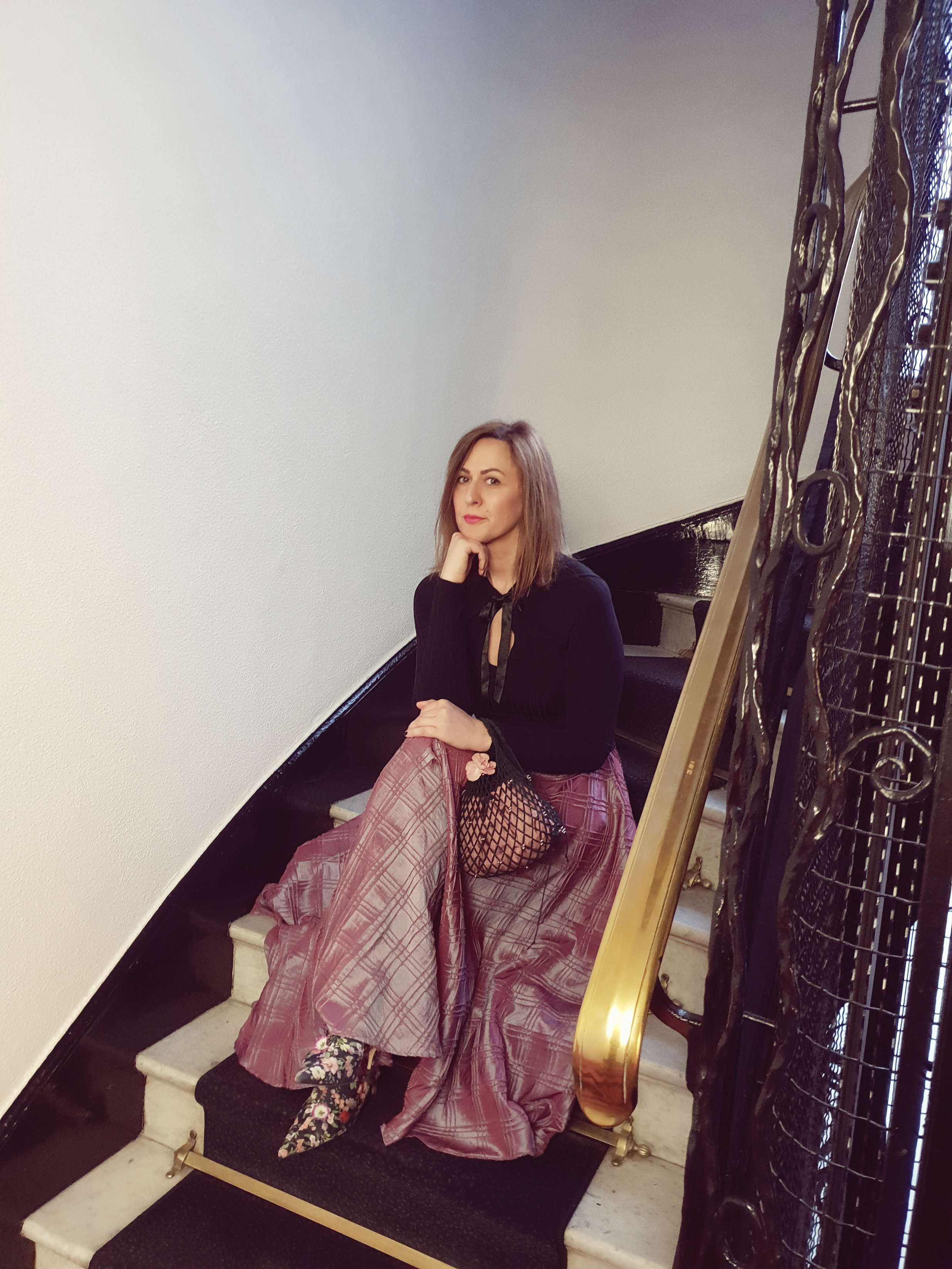 Maion taft skirt and net bag for Moulin Rouge experience