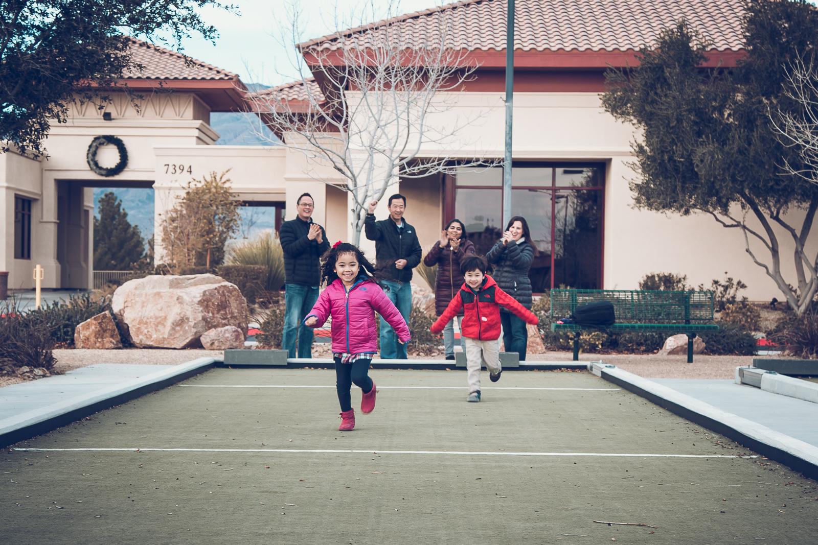 Hsai-Family-2016-11.jpg