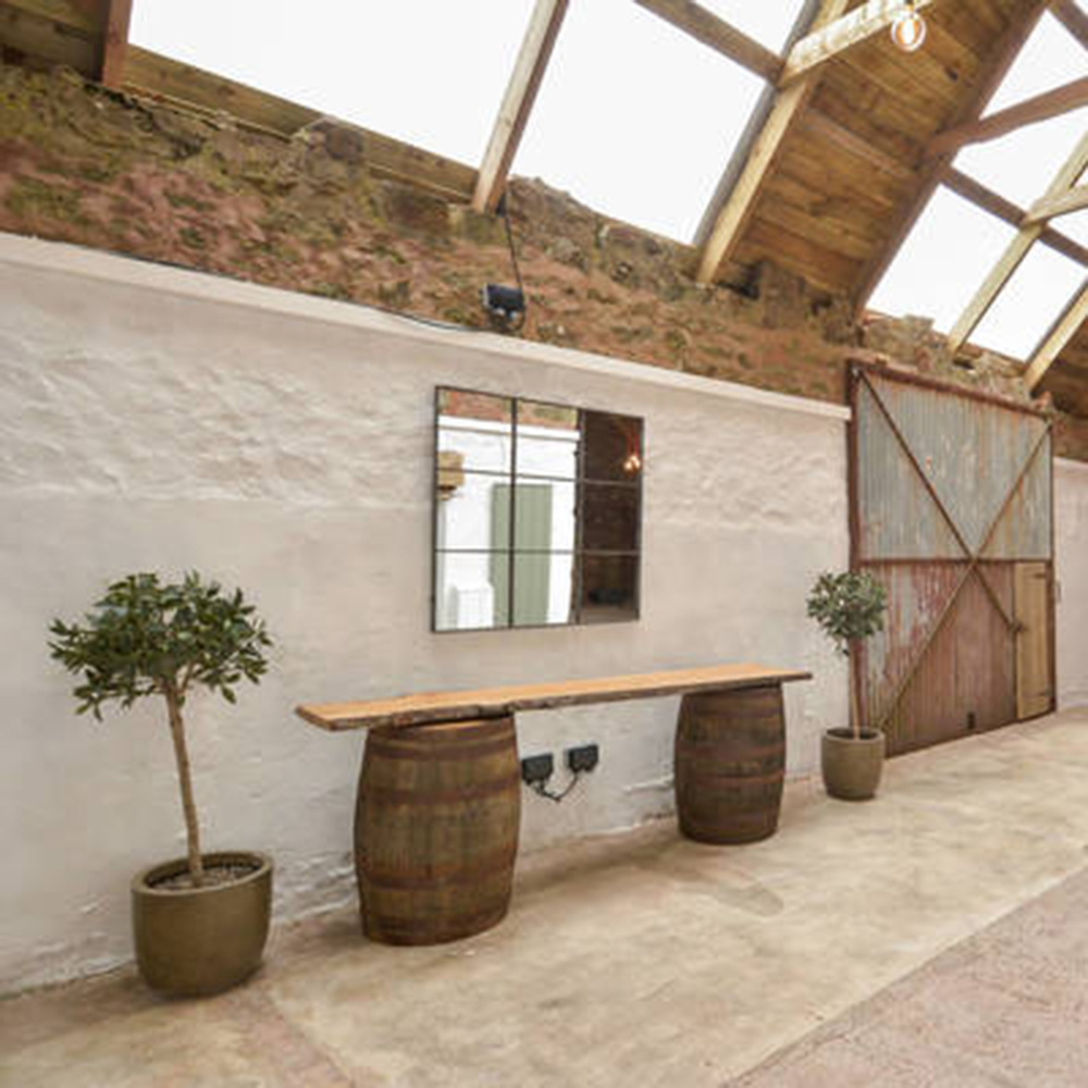 Scottish-wedding-venues-the-cow-shed-at-crail-beach3.jpg