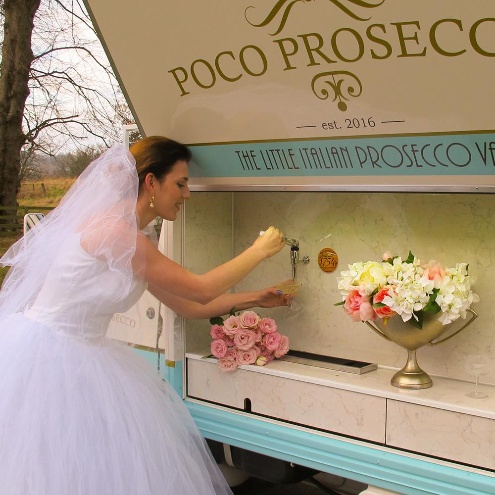 Scottish-wedding-suppliers-wedding-food-trucks-poco-prosecco4.jpg