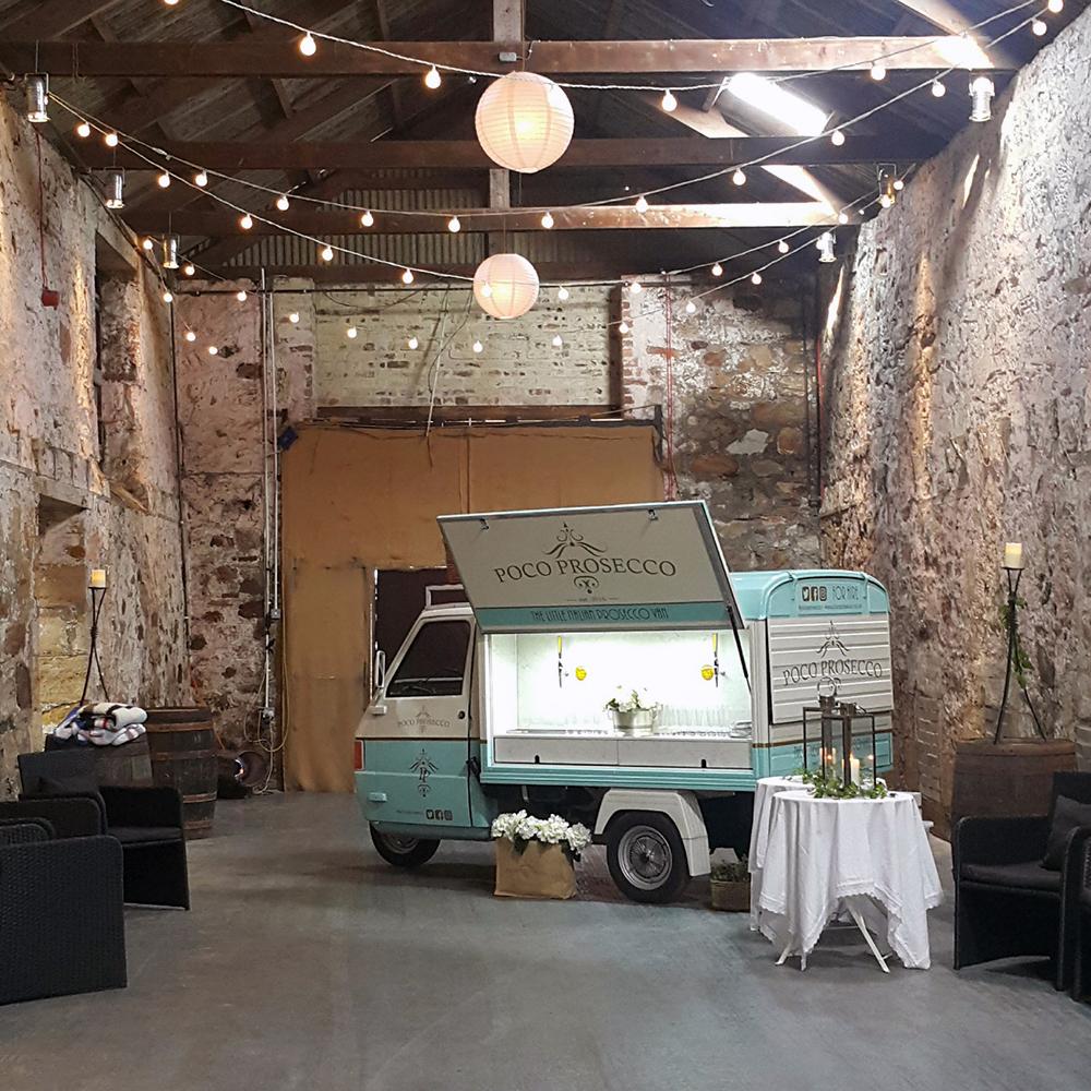Scottish-wedding-suppliers-wedding-food-trucks-poco-prosecco9.jpg