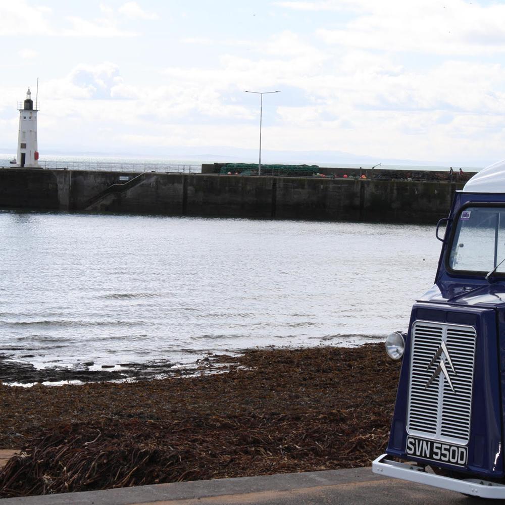 Scottish-wedding-suppliers-food-trucks-fish-and-frites5.jpg