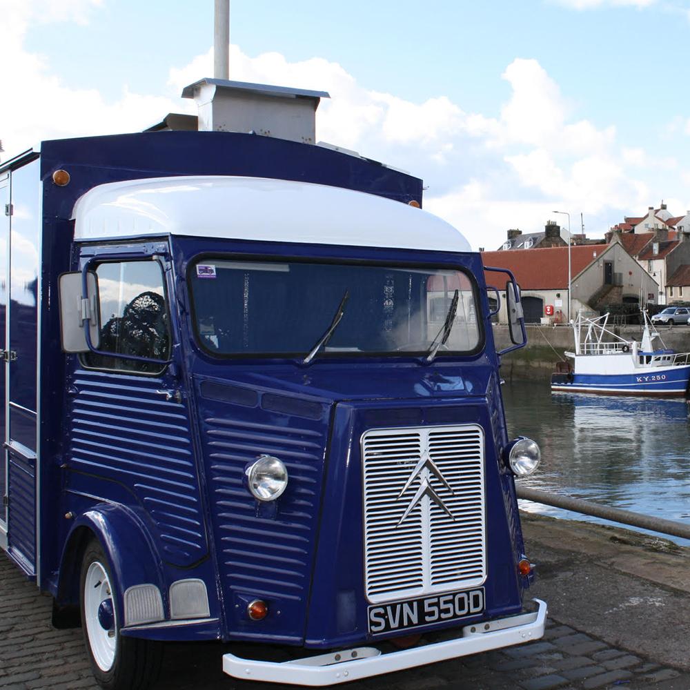 Scottish-wedding-suppliers-food-trucks-fish-and-frites6.jpg