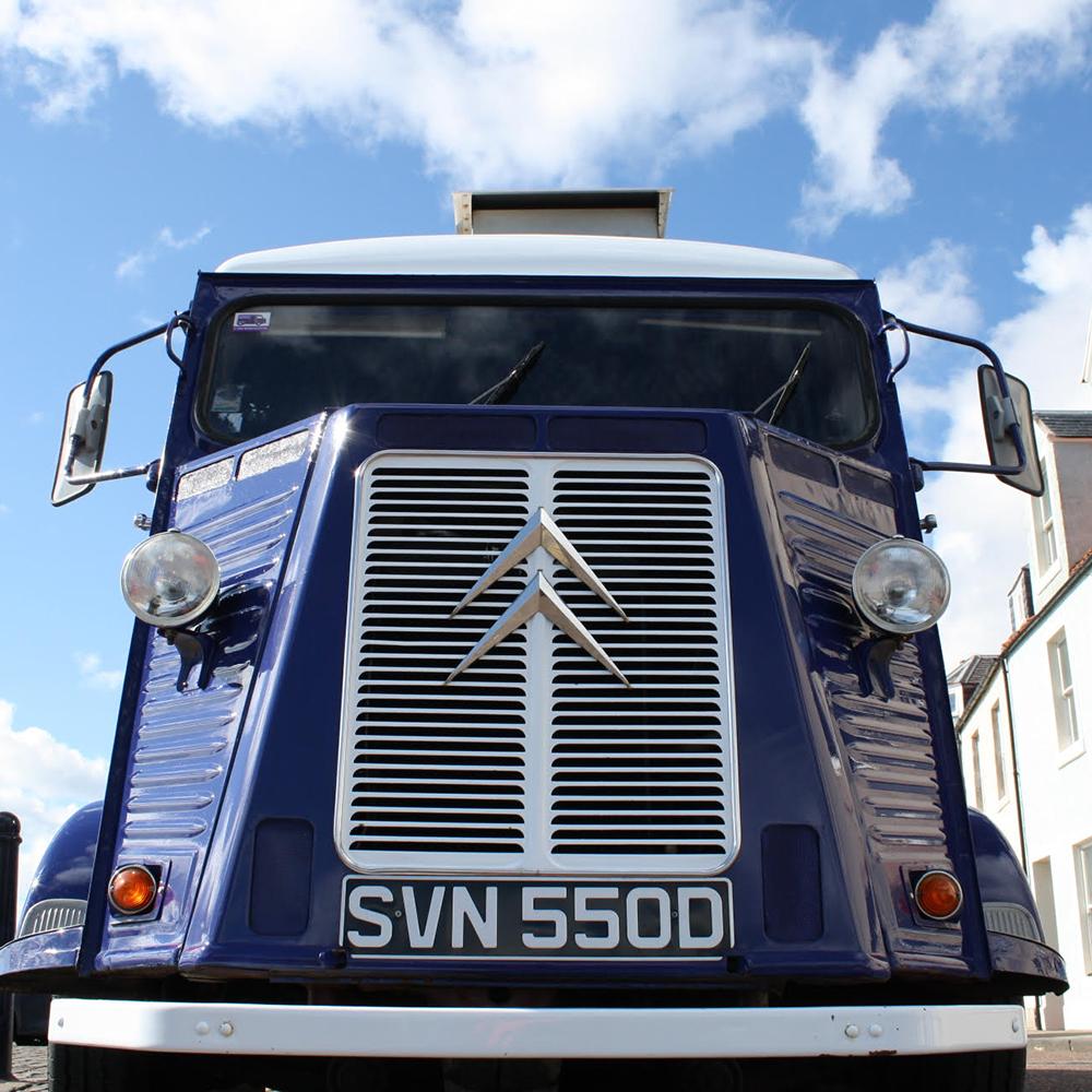 Scottish-wedding-suppliers-food-trucks-fish-and-frites7.jpg