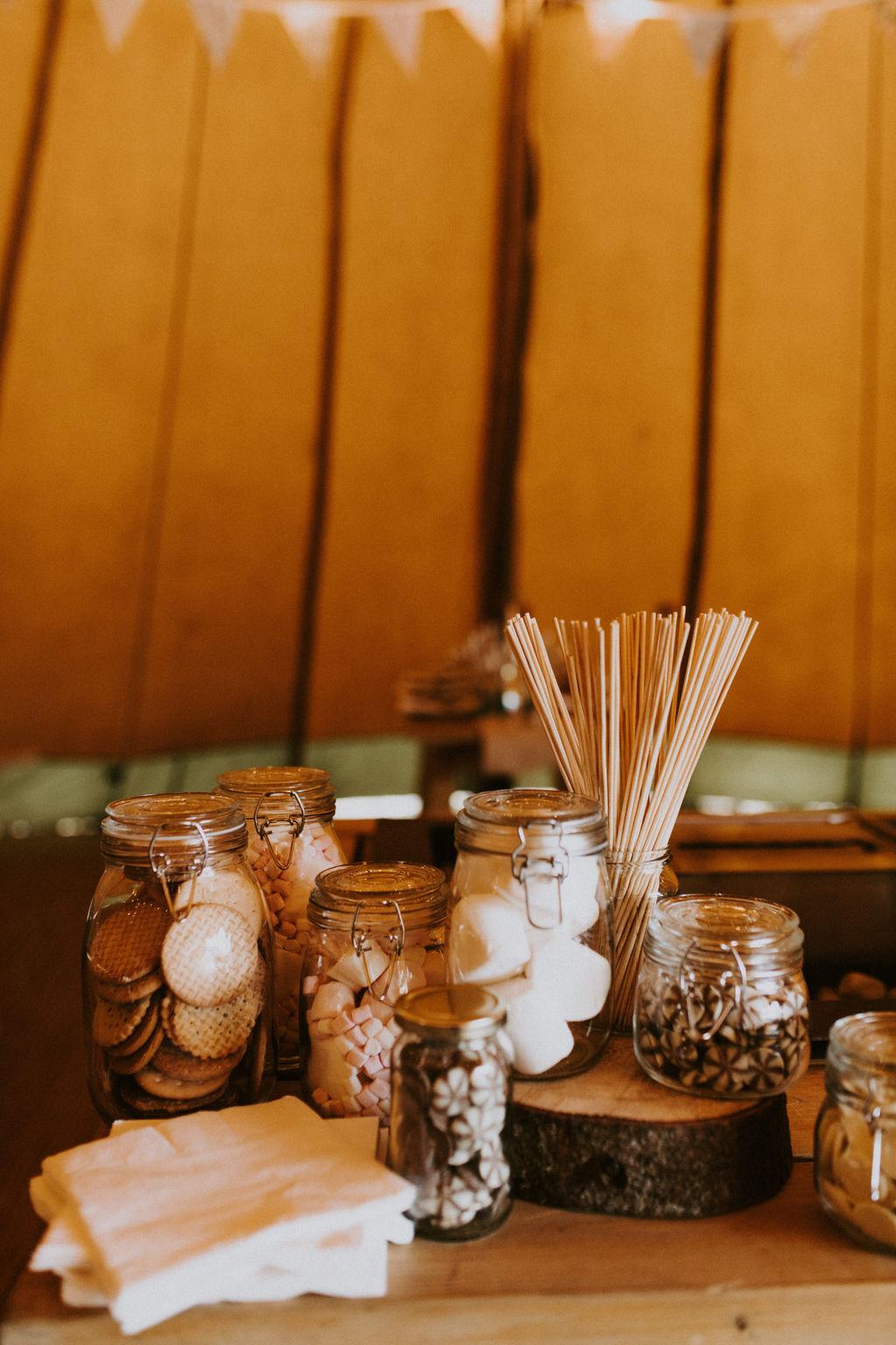 the-log-cabin-ravensheugh-wedding-lavender-and-rose19.jpg
