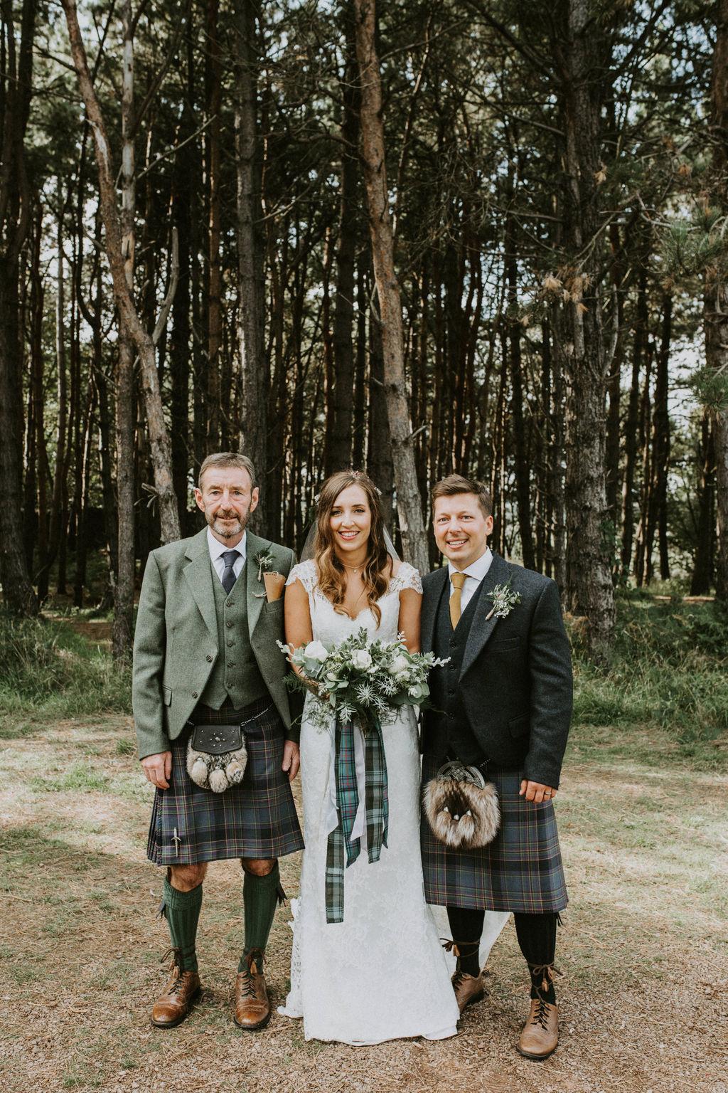 the-log-cabin-ravensheugh-wedding-lavender-and-rose30.jpg