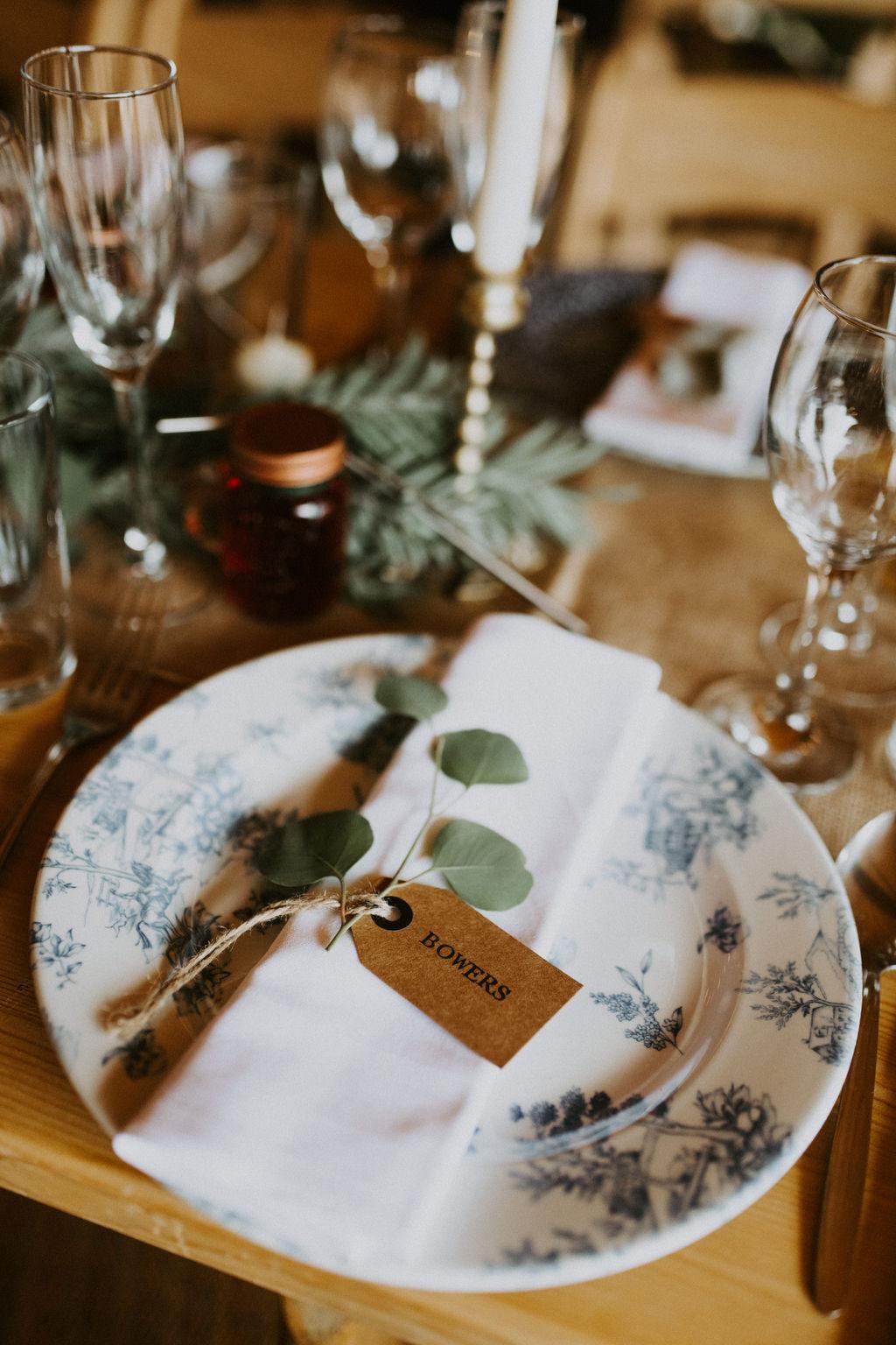 the-log-cabin-ravensheugh-wedding-lavender-and-rose34.jpg
