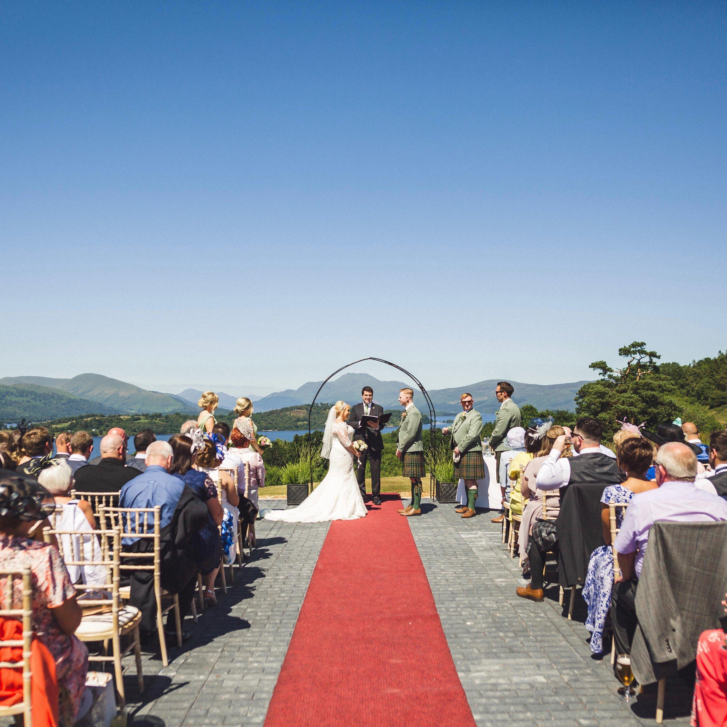 boturich castle scottish wedding venues.jpg