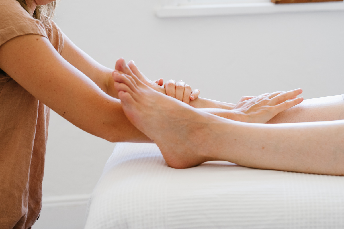 what-is-reflexology-04.jpg