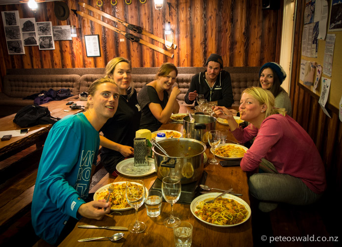 A royal feast back at the cabin (Summit Skiers Club) up on Whakapapa, hosted by Geordie. The crew joined by Anna Smoothy for dinner