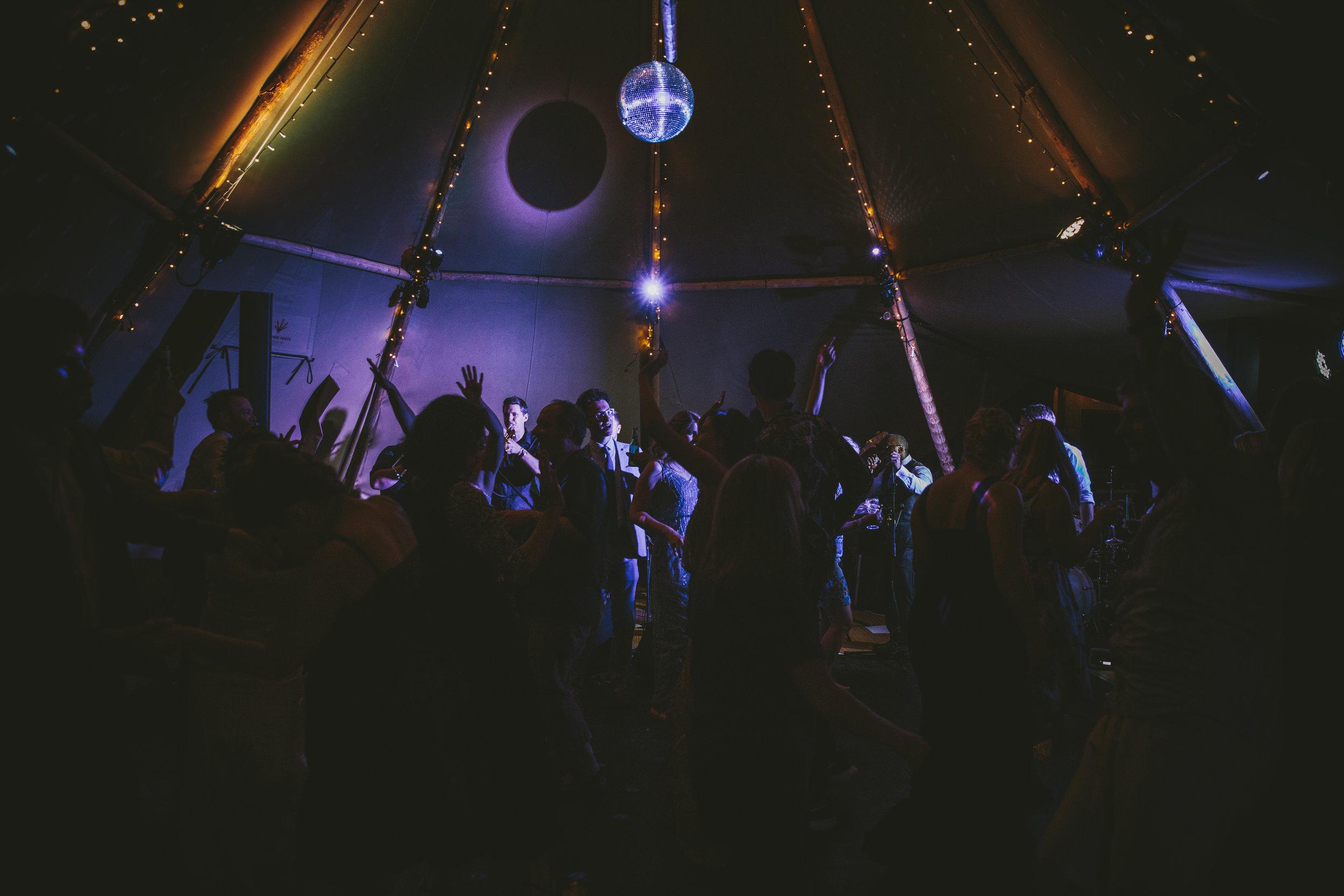 Coloured dance floor lights & mirror ball