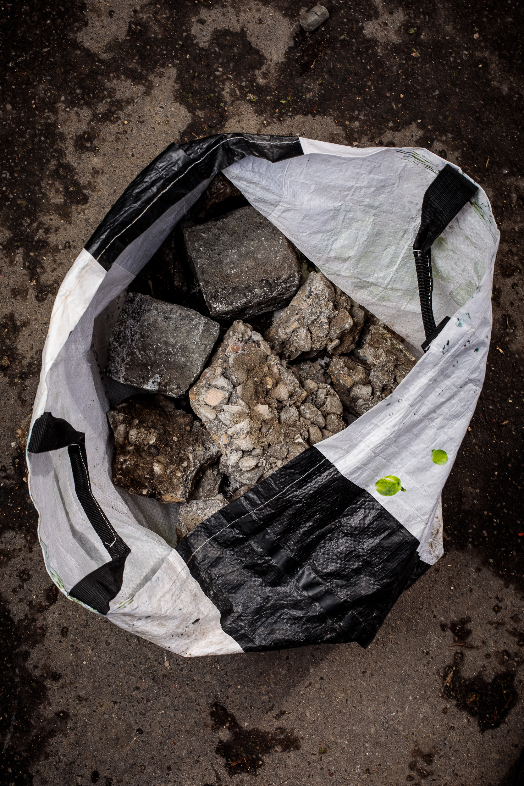 Shopping bag and cobblestones, 2018