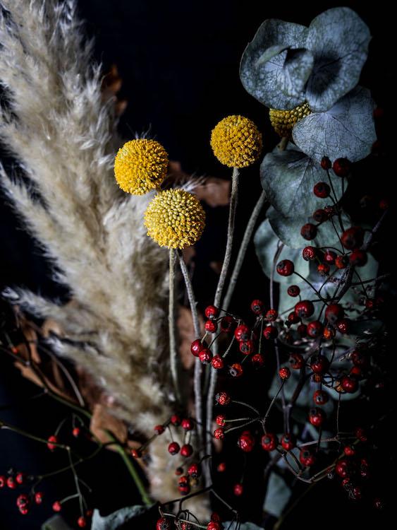 LilyWanderlust-Autumn-Blooms-5.jpg