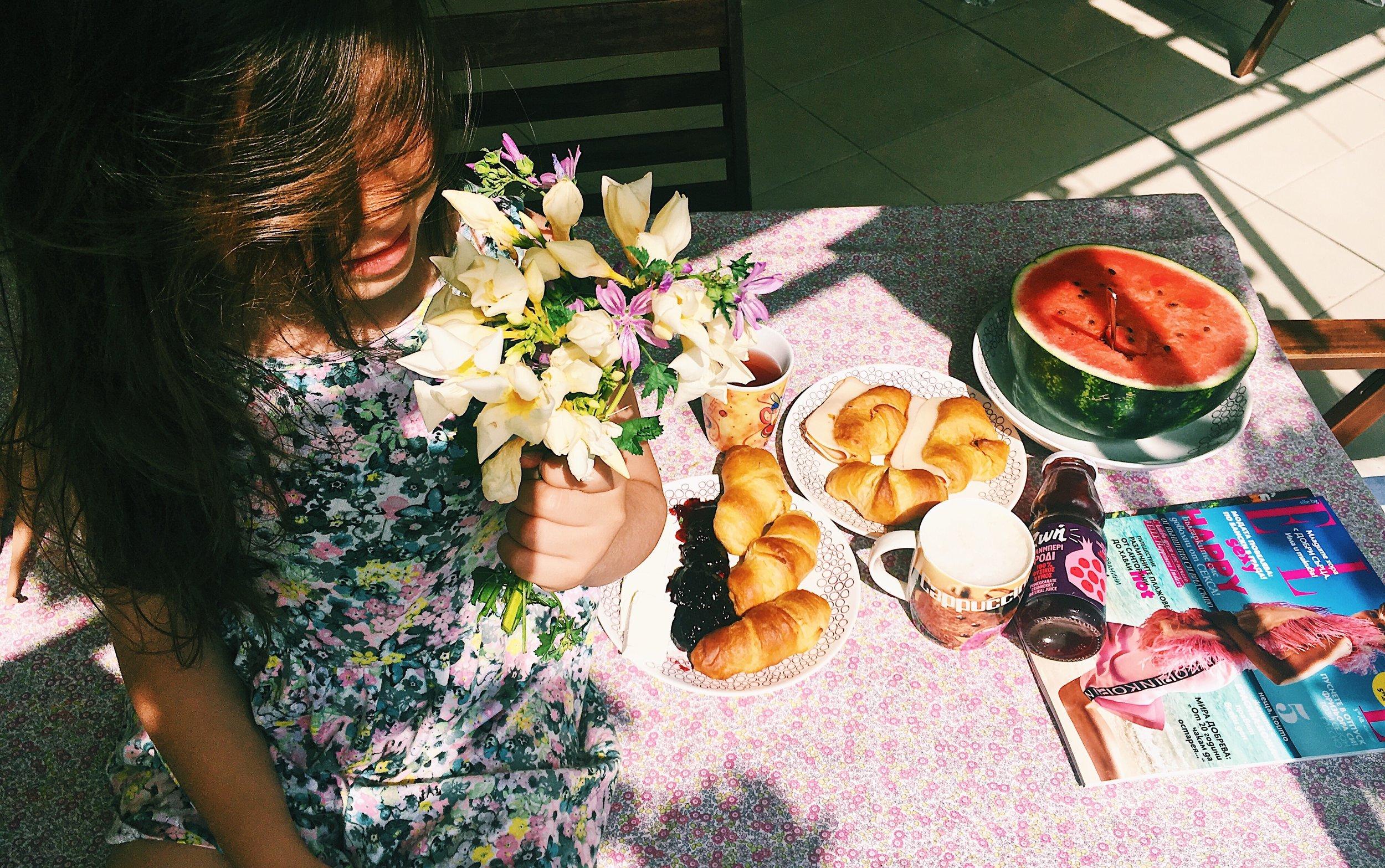summer breakfast with Nika