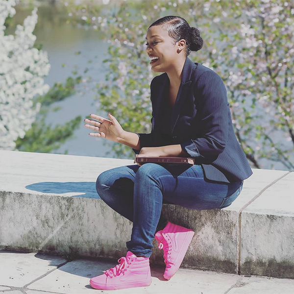 Dianna Hobbs, Founder of Empowering Everyday Women and owner of 'Cups of Inspiration' is using her platform to help those in need. / Credit: Instagram (@iamdiannahobbs)