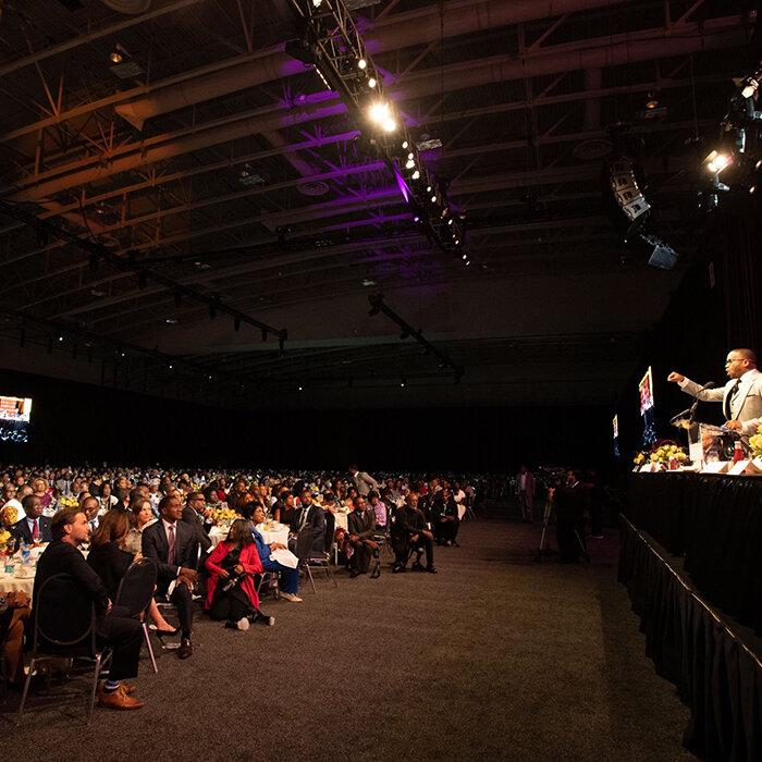 Guest keynote speaker, Dr. Howard-John Wesley, addresses the audience (Credit: Congressional Black Caucus Foundation, Inc.)