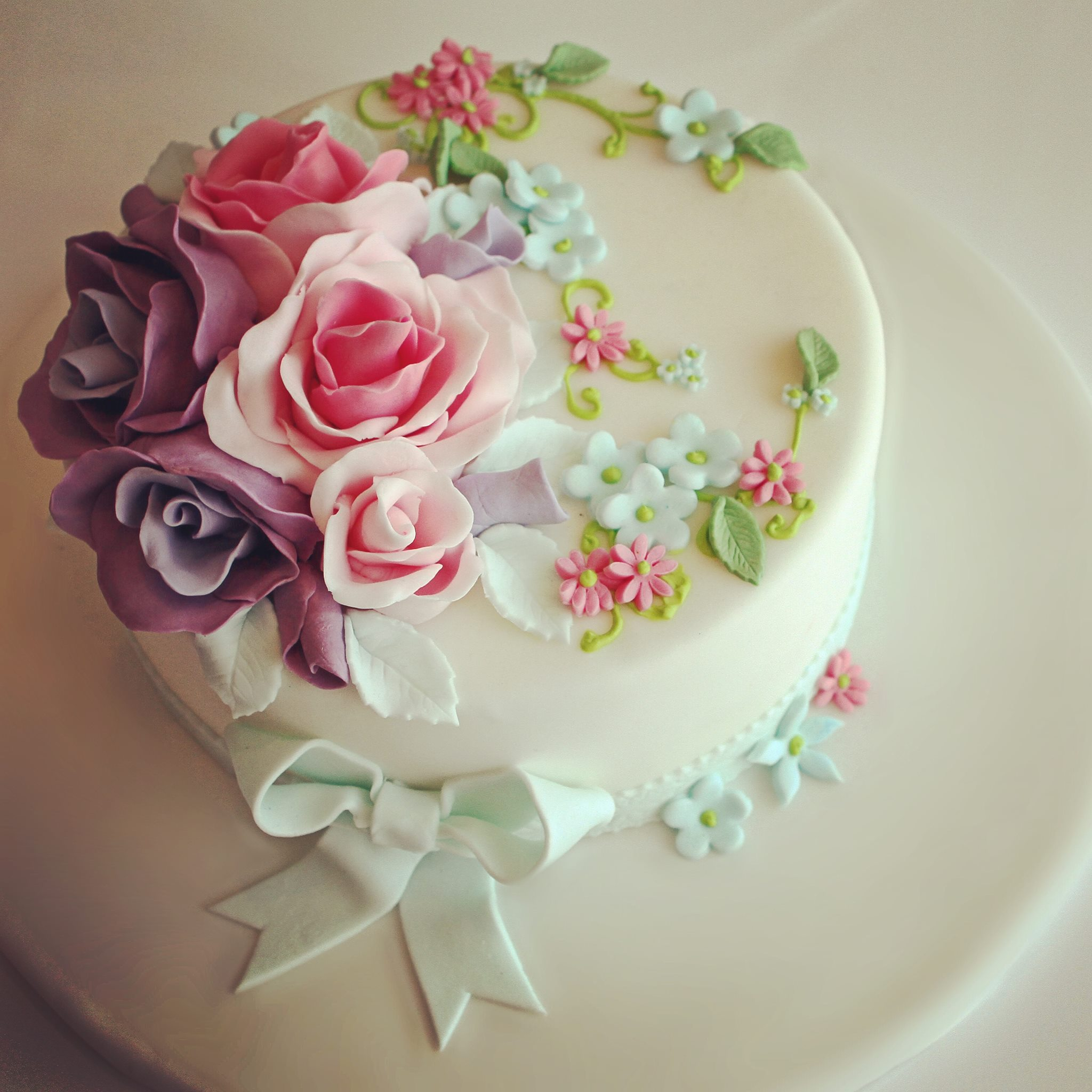 decorated_cake_3.jpg