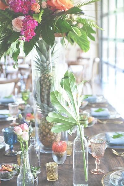 greenery-wedding-arrangement_orig.jpg