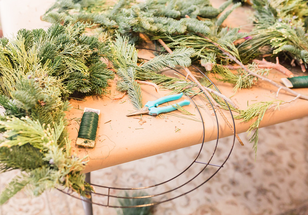 holiday-wreath-DIY.jpg