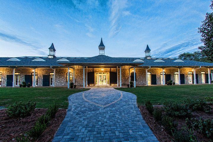 2. FoxHall Resort