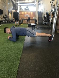 side-plank-on-the-go-workout