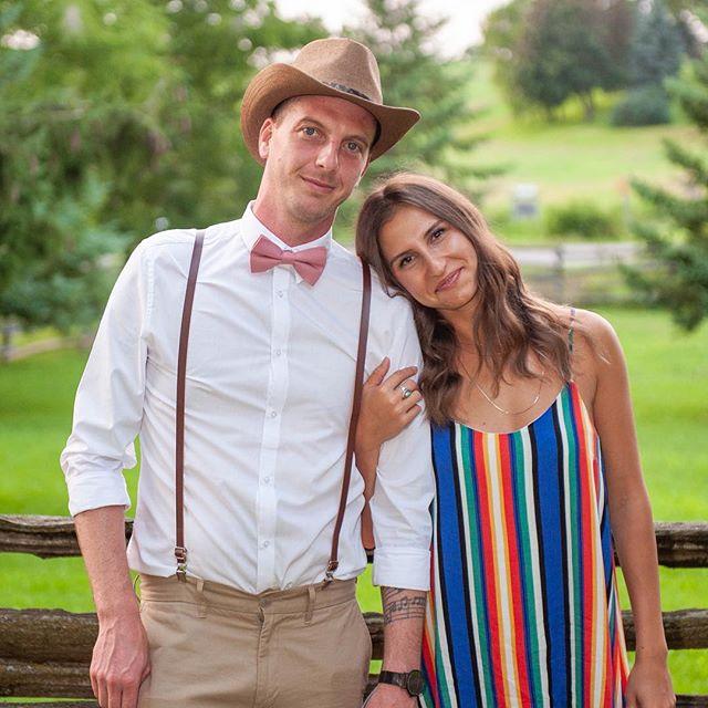 Sad to be seeing wedding season go. Until next year! 💕 . . . . . #weddingphotography #torontophotographer #coupleportraits #weddingportrait
