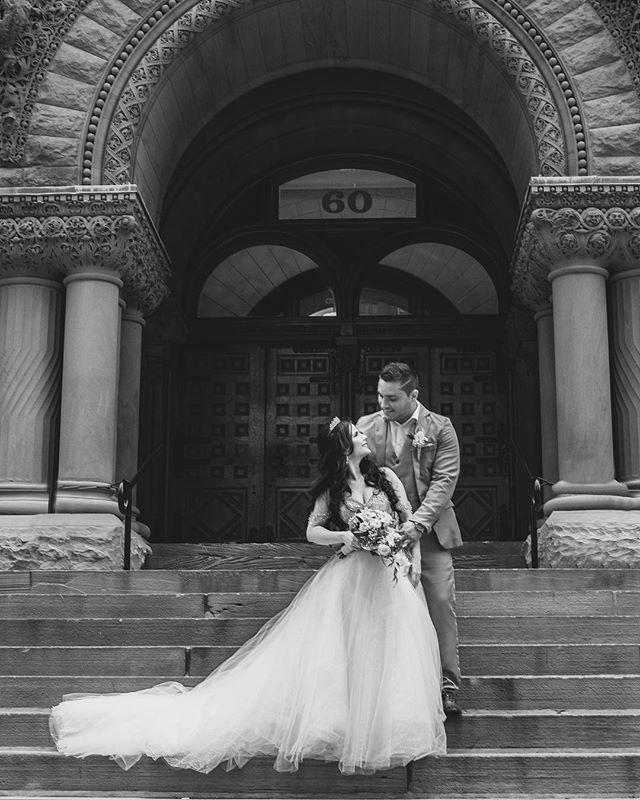 Happy love each other Thursday! (I just made that up) 💕 . . . . . #cityhallwedding #torontowedding #whitedress #soulmates