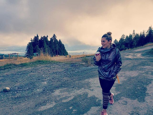 Excuse me. My life has been on pause because I was busy climbing @grousemountain and drinking chai lattes . . . . . #vancouverphotography #vancouverphotographer #vancity #beautifulbritishcolumbia #torontophotographer