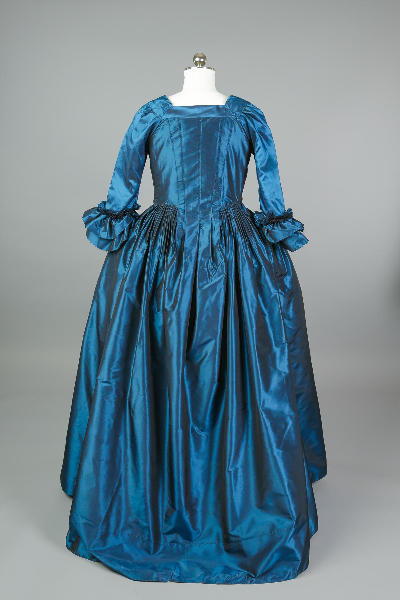 18th_c_gown-03.jpg
