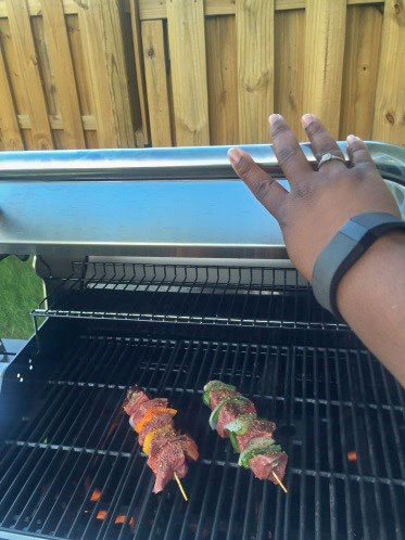 Sheila Willis  No time for the gym? I try to eat better and track exercise with my @fitbit #livingabovethebar #lawyerlife @SCBAR