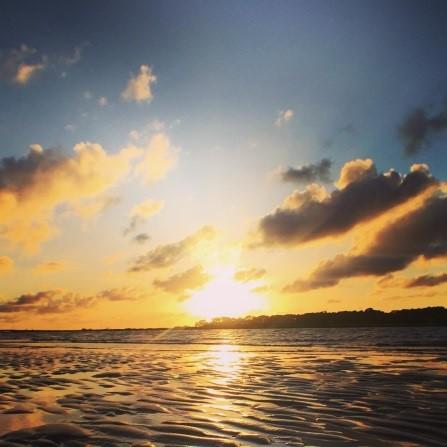 #sunrise #camplife #smilingfacesbeautifulplaces #livingabovethebar