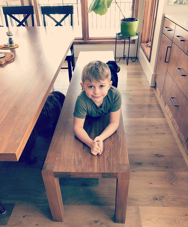 Custom bench makes it to its final resting place with a very cute bench model. Couldn't be happier with the @grantkaihoi independent workshop or the final product to match the custom dining table. . . . . #futuretuskbuilder #custombench #customfurniture #skillbuilding #workworking #midcenturyvibes #tuskbuilders #greencreekhouse
