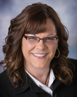 Meet Sarah - Wausau, WILawyer and TrainerBusiness: Ruffi Law OfficesSummit Topic: 100% Responsibility