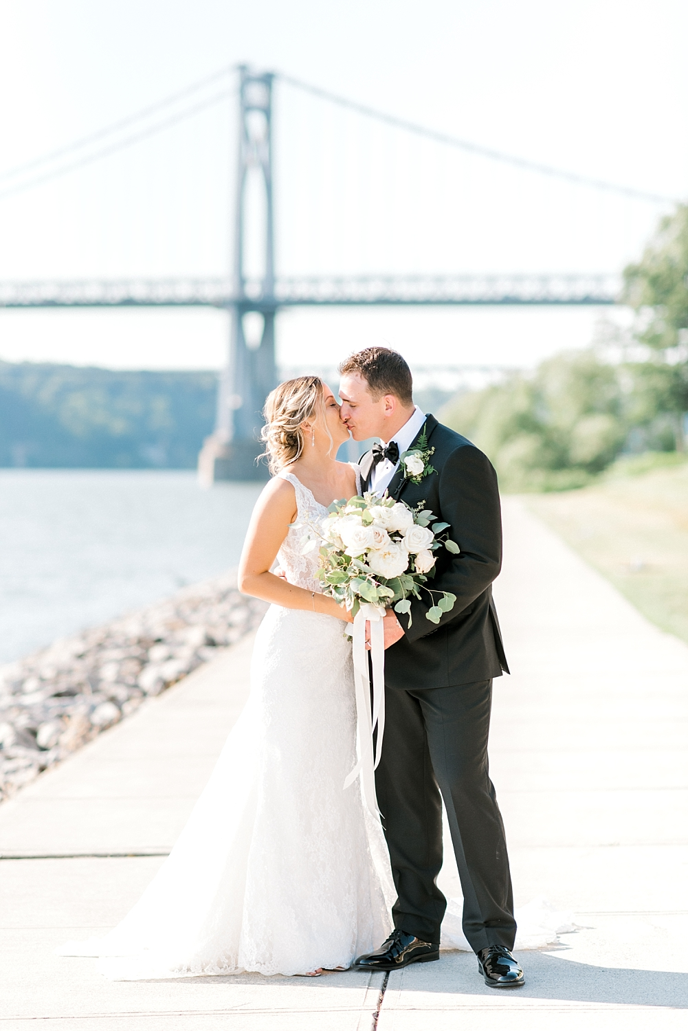 NY-waterfront-wedding-FS-31.jpg