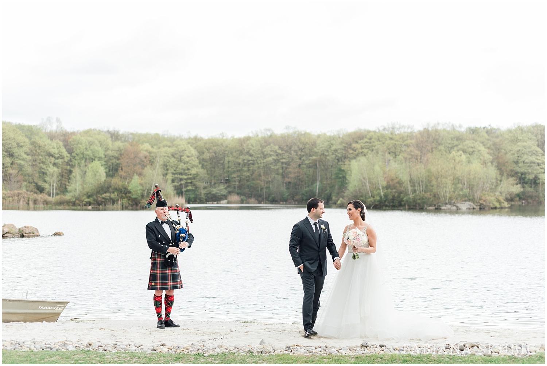 C+J-Rock-Island-Wedding_0055.jpg