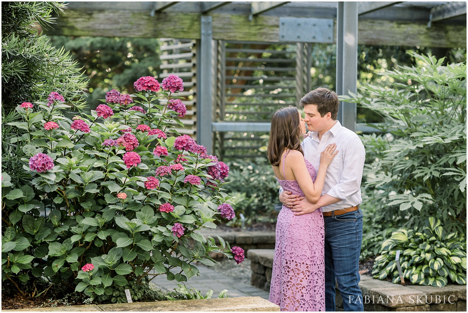 Engagement-Session-Raleigh-Wedding-Photographer-R+R_0008.jpg