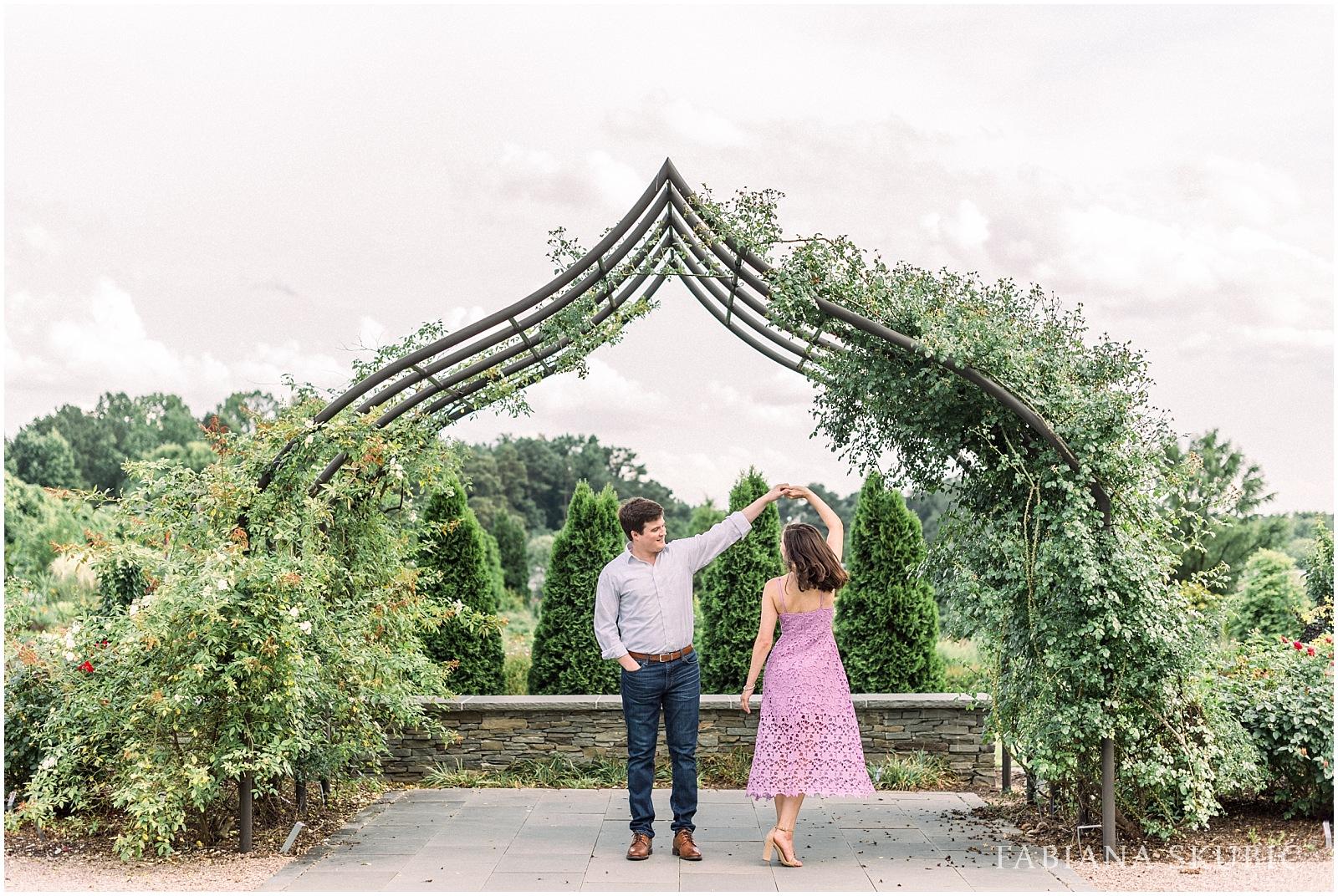 Engagement-Session-Raleigh-Wedding-Photographer-R+R_0028.jpg