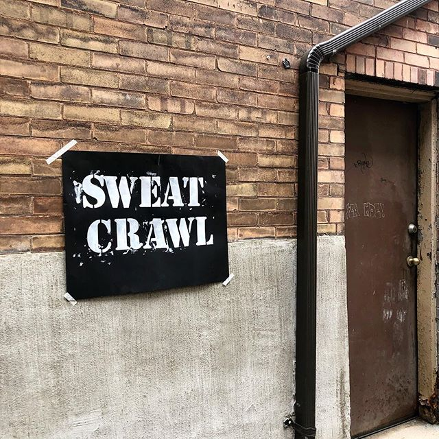 So grateful for this amazing community that we're a part of ❤️ the second @sweatcrawlkw was a complete success with the help of @hustlandflow @goodvibesjuicecompany @allabouthealthtraining @queenstreetyoga @sajewellness @arisewellness.ca @vekked @dtkitchener and of course all of our incredible volunteers. Events like this warm my heart and I couldn't be more grateful to @robinandelaine for including me!!