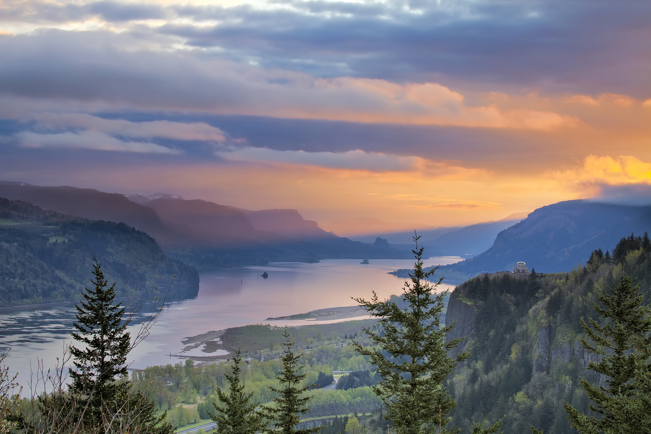 ESD 112_Columbia River Gorge.jpg