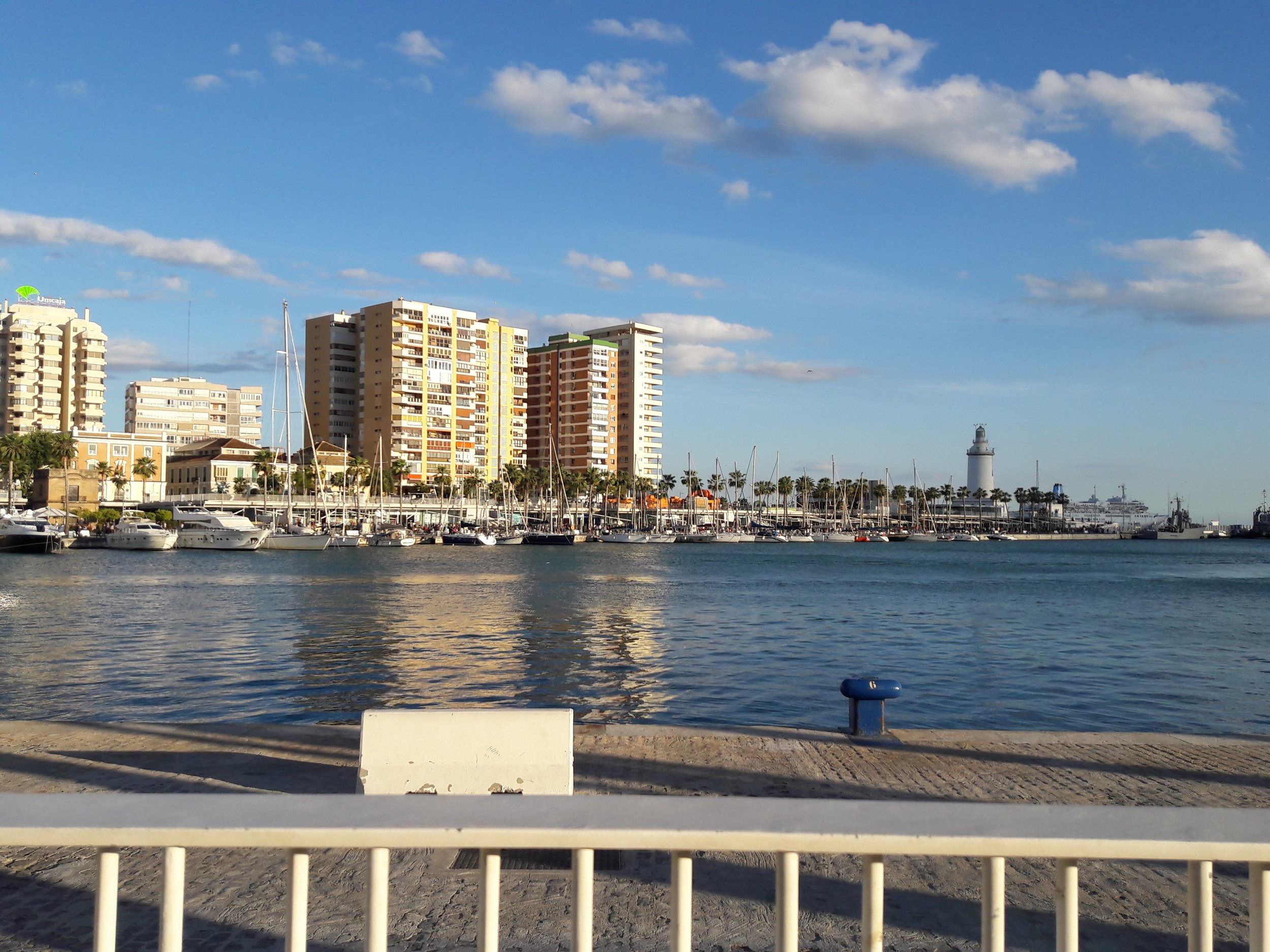 The port of Malaga and Muelle Uno