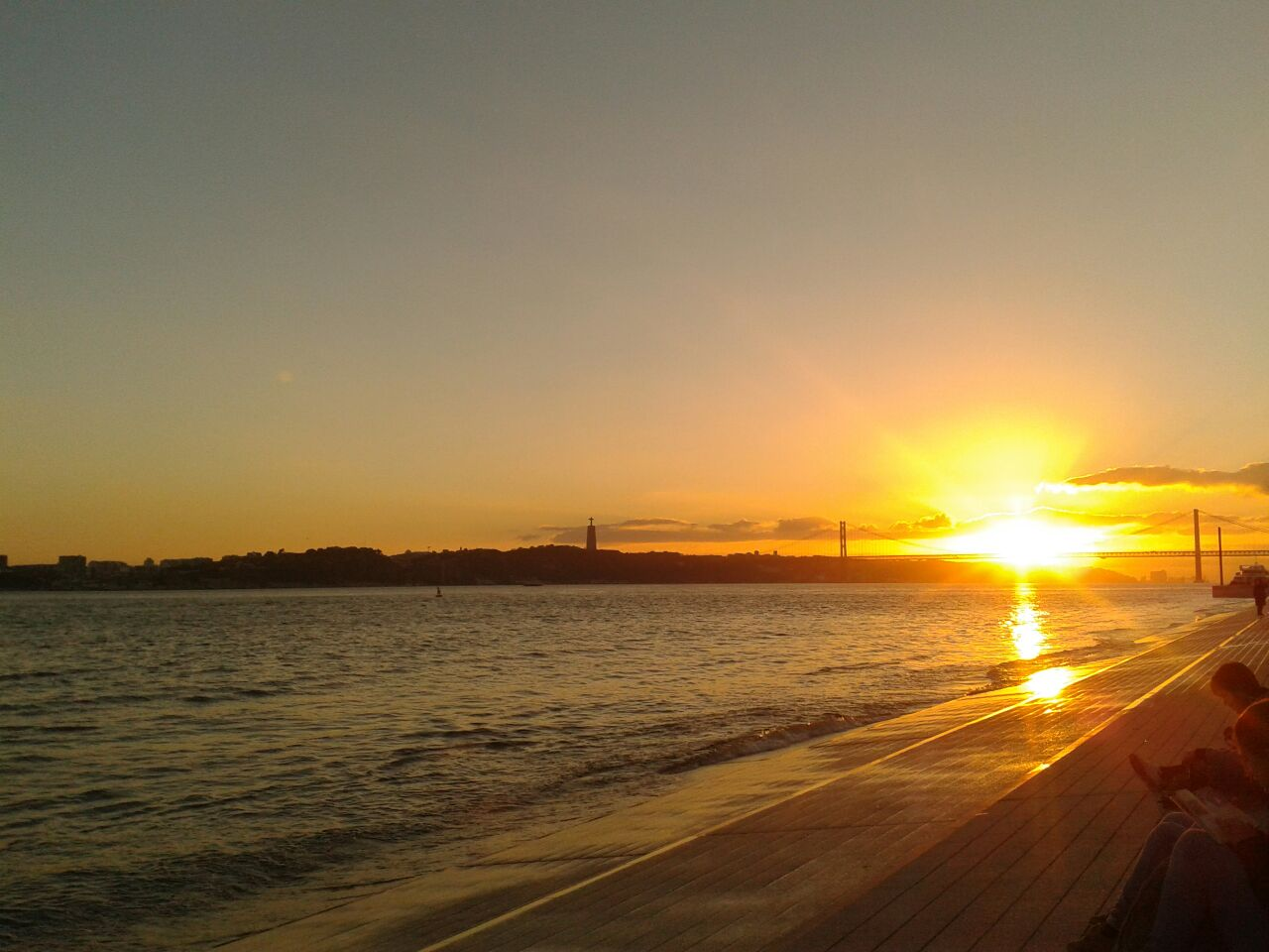 Sunset along the  tejo.