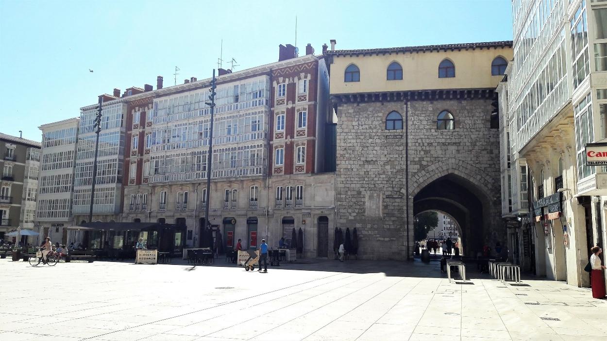 Plaza Rey San Fernando