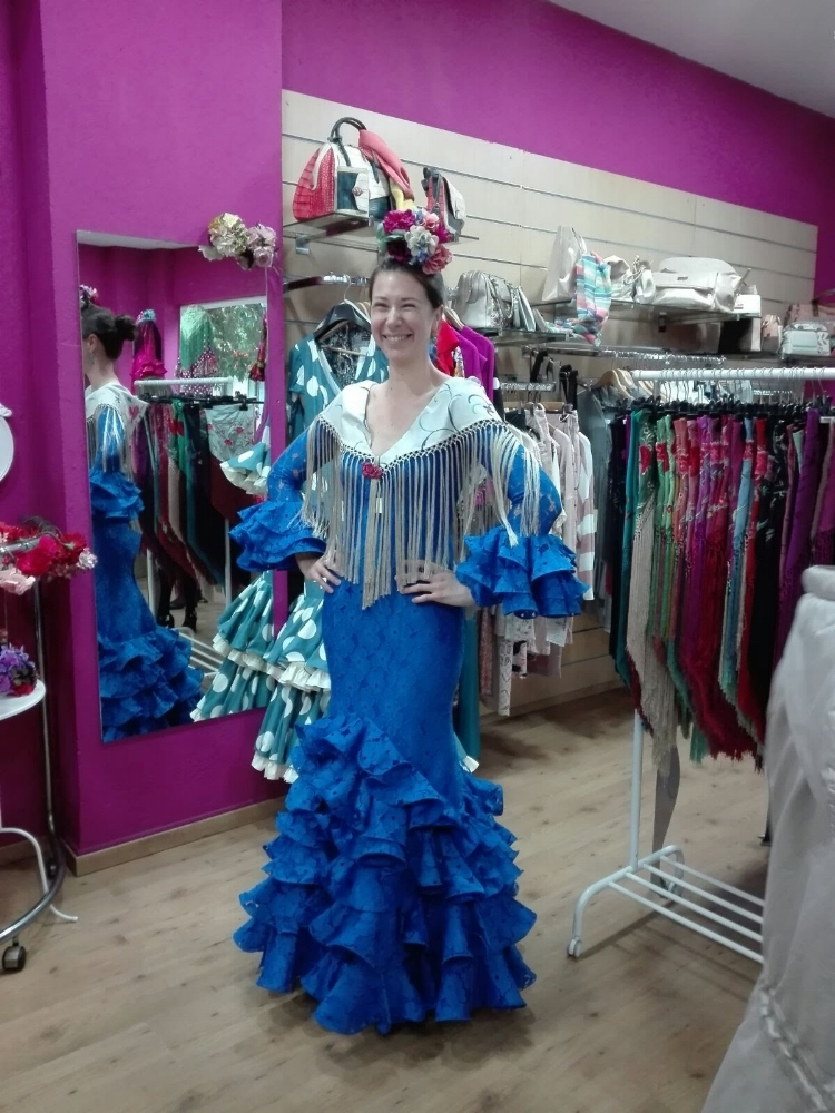 Trying on my new dress at the store! I can't wait to wear it at this year's  Feria ...