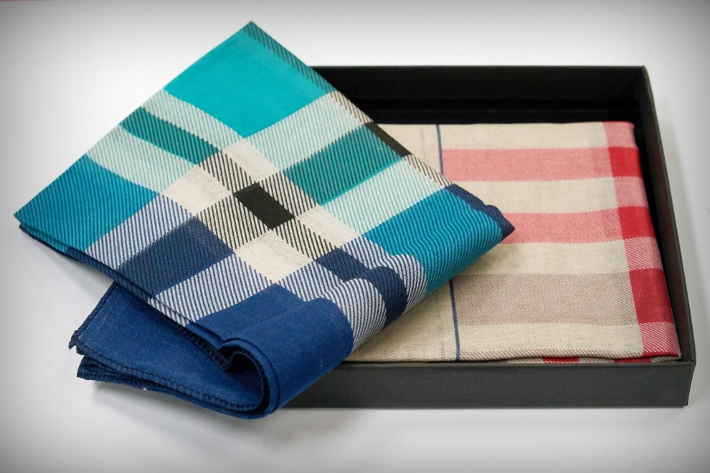 plaid hankerchiefs