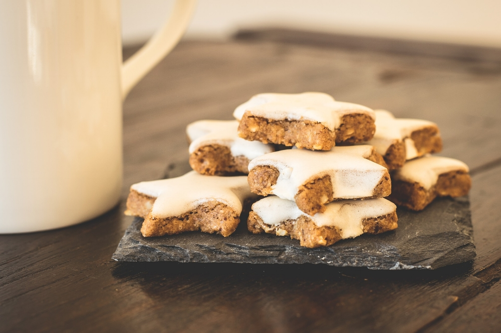 Christmas cookies. Photo source LUM3N on Pixabay