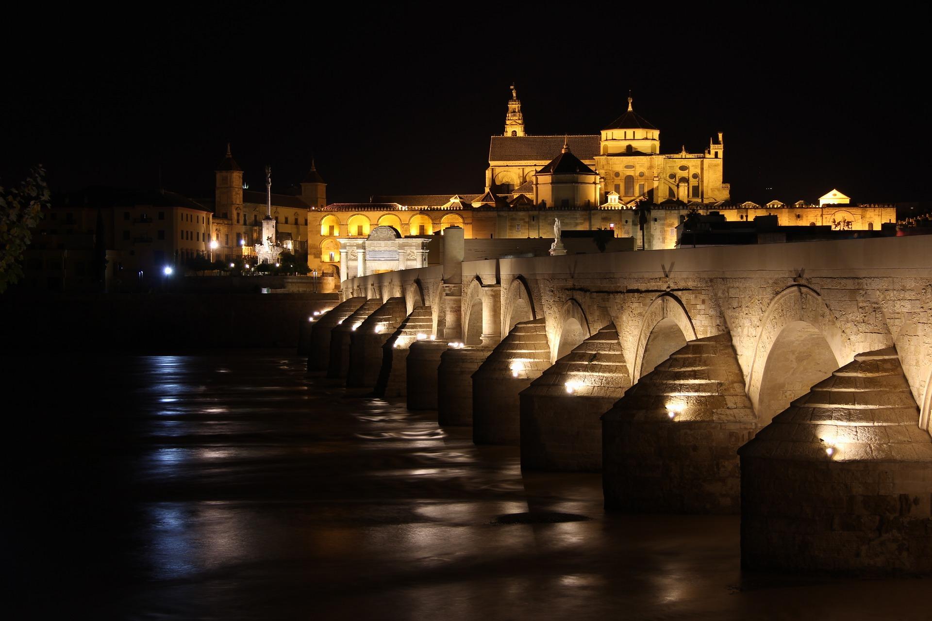 Puente de Córdoba. Photo by 1204479 on Pixabay